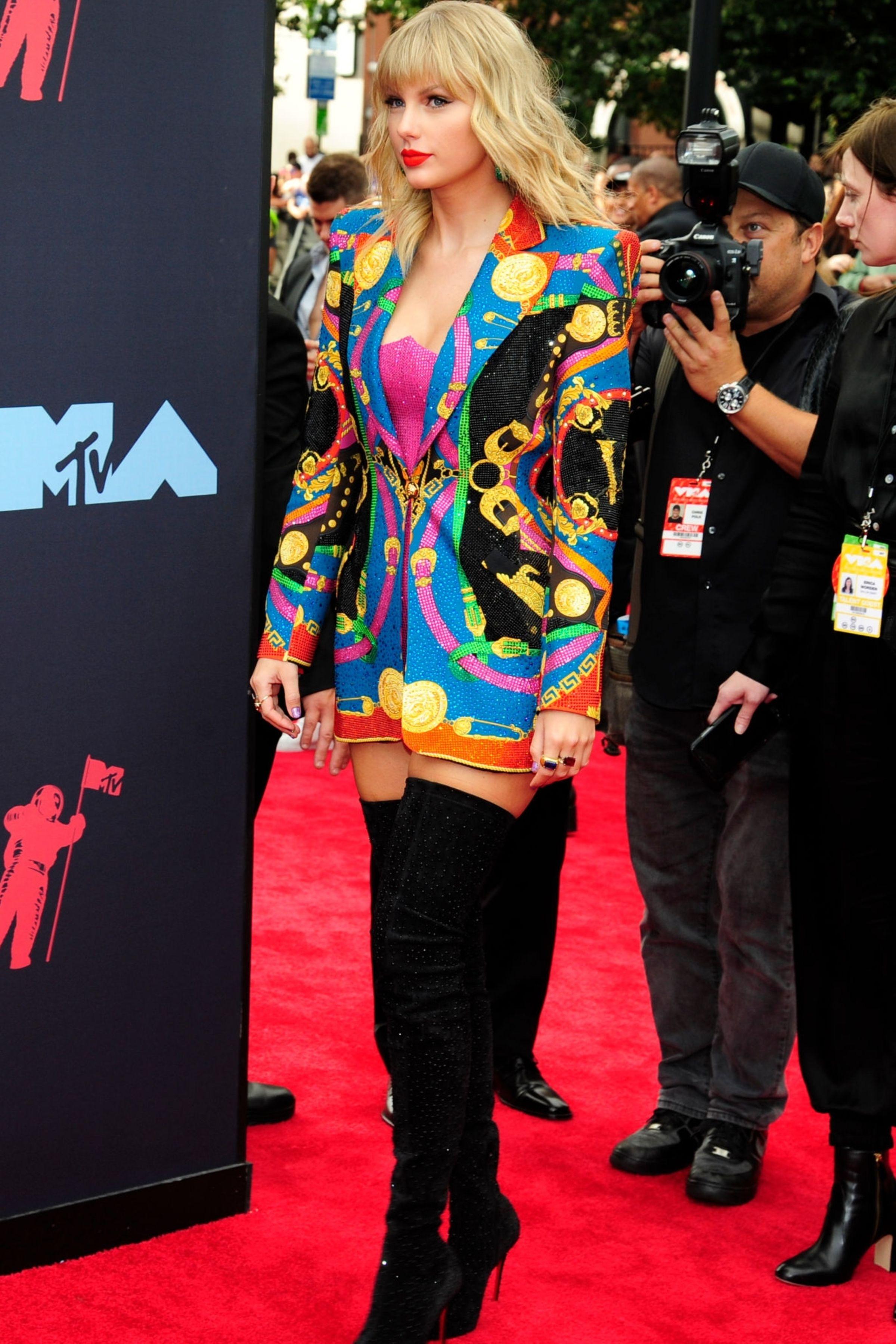 2019 MTV Video Music Awards - 004 - Taylor Swift Web Photo ...