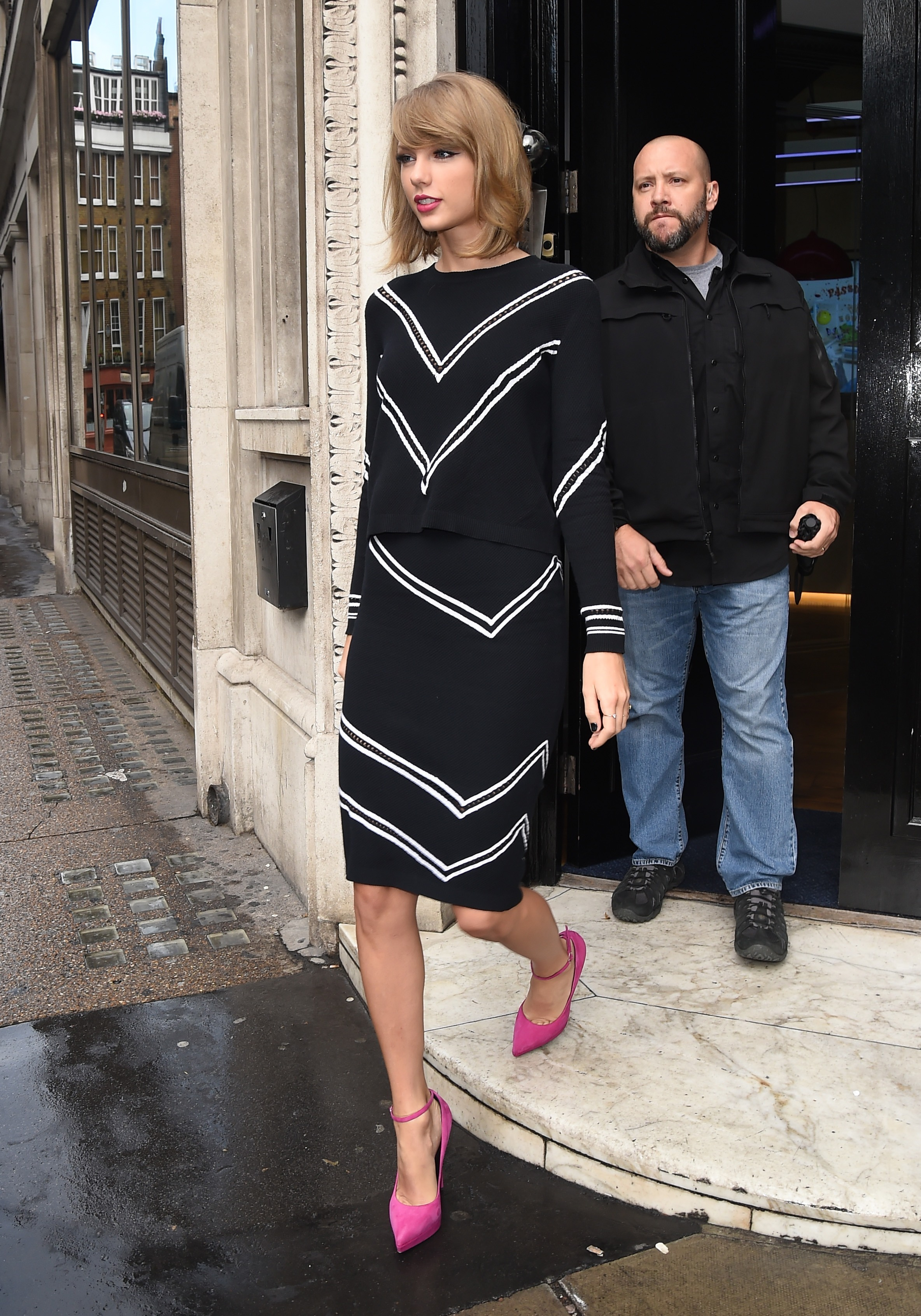 http://taylorpictures.net/albums/candids/2014/10-8leavingbbcradio2/012.jpg