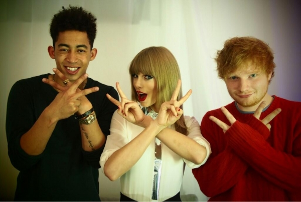 """21, 23, 22. So on average, 22. @RizzleKicks @edsheeran backstage in London."""