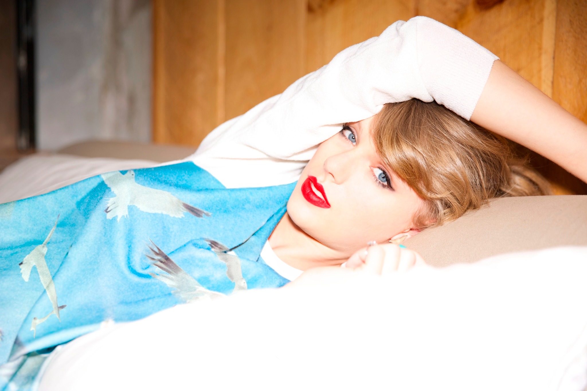 Taylor Swift Web Photo Gallery: Click image to close this ...